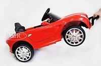 Электромобиль Mercedes O333OO красныйДетские электромобили<br>ЭЛЕКТРОМОБИЛЬ MERCEDES O333OO (КОЖА) С ДИСТАНЦИОННЫМ УПРАВЛЕНИЕМ&amp;nbsp;КРАСНЫЙ ЦВЕТСветовые и звуковые эффекты.&amp;nbsp;Подсветка панели приборов, диодные огни фар.&amp;nbsp;Амортизаторы задние.Пульт управления: индивидуальный (настраивается по Bluetooh)Колеса: каучуковыеОткрываются двери. Открывается багажник.&amp;nbsp;Передвижение по принципу Чемодан.Электромобиль заводится с ключа.&amp;nbsp;Подсветка и звуковое сопровождение включается дополнительной кнопкой (справа от руля).Скорость: Скорость вперед/назад.Сидение: кожаное, пятиточечный ремень безопасностиВход MicroSD, USB-вход.Размер собранной модели: 92*50*42см, вес: 8кг, макс. нагрузка: 30 кгАккумулятор: 6V/4,5A*2Редуктор: 2*20W<br><br>Марка: Mercedes<br>Модель: O333OO<br>Сиденье: Кожаное<br>Колёса: Каучуковые<br>Кол-во мест: 1<br>Цвет: Красный