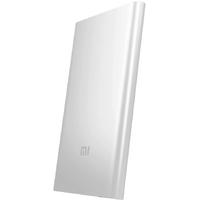 Внешний аккумулятор Xiaomi Mi Power Bank 2 5000 SilverВнешние аккумуляторы<br>Характеристики:Емкость:5000 мА&amp;sdot;чНапряжение:5 ВРазъемы:USBМаксимальный ток на USB:2.1 АПереходник на micro USB:естьНапряжение:3.75 ВВремя зарядки:3.5 чЗащита от короткого замыкания:естьЗащита от перегрузки:естьЗащита от перегрева:естьИндикатор заряда:естьМатериал корпуса:металлРазмеры:125x69x9.9 мм ммВес:156 г<br>
