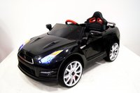 Электромобиль Nissan GTR X333XX черныйДетские электромобили<br>ЭЛЕКТРОМОБИЛЬ NISSAN E333KX (ЛИЦЕНЗИОННАЯ МОДЕЛЬ) С ДИСТАНЦИОННЫМ УПРАВЛЕНИЕМ ЧЕРНЫЙ ЦВЕТСветовые эффекты: фары передние, задние фары. Можно отключить отдельной кнопокой.Звуковые эффекты: музыкальный руль - звук клаксона/мелодии заводскиеПульт управления: индивидуальный (настраивается по Bluetooh)Амортизаторы: да, задниеКолеса: каучуковые низкопрофильныеСкорость: Скорость вперед (переключается кнопокой быстрее/медленнее), одна назад.Сидение: кожаное, ремень безопасностиВключение: кнопкаМедиа-панель: USB, SD-вход, AUX-входРазмер собранной модели: 119*75*52см, вес: 18кг, макс. нагрузка: 30 кгАккумулятор: 12V/7АРедуктор: 2*12V-12000об<br><br>Марка: Nissan<br>Модель: E333KX<br>Сиденье: Кожаное<br>Колёса: Каучуковые низкопрофильные<br>Кол-во мест: 1<br>Цвет: Черный