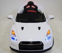 Электромобиль Nissan GTR X333XX белыйДетские электромобили<br>ЭЛЕКТРОМОБИЛЬ NISSAN E333KX (ЛИЦЕНЗИОННАЯ МОДЕЛЬ) С ДИСТАНЦИОННЫМ УПРАВЛЕНИЕМ БЕЛЫЙ ЦВЕТСветовые эффекты: фары передние, задние фары. Можно отключить отдельной кнопокой.Звуковые эффекты: музыкальный руль - звук клаксона/мелодии заводскиеПульт управления: индивидуальный (настраивается по Bluetooh)Амортизаторы: да, задниеКолеса: каучуковые низкопрофильныеСкорость: Скорость вперед (переключается кнопокой быстрее/медленнее), одна назад.Сидение: кожаное, ремень безопасностиВключение: кнопкаМедиа-панель: USB, SD-вход, AUX-входРазмер собранной модели: 119*75*52см, вес: 18кг, макс. нагрузка: 30 кгАккумулятор: 12V/7АРедуктор: 2*12V-12000об<br><br>Марка: Nissan<br>Модель: E333KX<br>Сиденье: Кожаное<br>Колёса: Каучуковые низкопрофильные<br>Кол-во мест: 1<br>Цвет: Белый