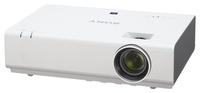 Мультимедийный проектор Sony VPL-EX295Мультимедийные проекторы<br>Проектор Sony VPL-EX295 рекомендован для установки в учебных аудиториях, конференц-залах, офисах и школах.<br><br>Объектив: Стандартный<br>Тип устройства: LCD x3<br>Класс устройства: портативный<br>Рекомендуемая область применения: для офиса<br>Реальное разрешение: 1024x768