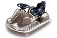 Электромобиль DRIFT-CAR A999MP золотоДетские электромобили<br>ЭЛЕКТРОМОБИЛЬ DRIFT-CAR A999MP&amp;nbsp;ЗОЛОТО ЦВЕТЗвуковые эффекты: медиа-панель: USB-вход, вход для SD-вход.Колеса - резина: переднее ведущее колесо + 4 силиконовых.&amp;nbsp;Скорость 6-8 км/ч.Управление: руль + рычаг; движение вперед, назад и по-кругу (360 градусов).Сидение: пластиковое, ремень безопасности.&amp;nbsp;Заводится с кнопки.Размер собранной модели: 100*70*45 см , вес: 12,5 кг, макс. нагрузка: 50 кгАккумулятор: 24V/6А (литиевый)Редуктор: 2*12V<br><br>Марка: DRIFT-CAR<br>Модель: A999MP<br>Сиденье: Пластик<br>Колёса: Резиновые<br>Кол-во мест: 1<br>Цвет: Золото