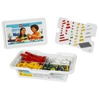 9580 Конструктор LEGO Education WeDoОбразовательные решения LEGO<br>Возрастная категория:&amp;nbsp;7+Тип кубиков:&amp;nbsp;LEGO&amp;reg; SystemКоличество деталей:&amp;nbsp;158<br>