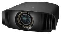 Мультимедийный проектор Sony VPL-VW320/WМультимедийные проекторы<br>Проектор Sony VPL-VW320/W рекомендован для установки в учебных аудиториях, конференц-залах, офисах и школах.Улучшенная технология панелей SXRD обеспечивает прекрасное изображение в формате 4К, который в четыре раза превосходит разрешение Full HD. Насыщенные цвета, яркость 1500 люменов и высокая динамическая контрастность, обеспечат изображению с разрешением 4K яркость, высокую детализацию и четкость даже при дневном свете.<br><br>Объектив: Стандартный<br>Тип устройства: SXRD x3<br>Класс устройства: стационарный<br>Рекомендуемая область применения: для офиса<br>Реальное разрешение: 4096x2160
