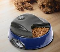 Автокормушка для кошек и собак SITITEK Pets Ice Mini (Dark blue) с ЖК дисплеемАвтокормушки для домашних животных<br>1) использование любого типа корма;2) существует четыре независимых лотка;3) режим реального времени;4) ёмкость для льда сделает корм свежим;5) есть голосовое сообщение;6) индикатор разрядки батареек;7) звуковое сообщение проигрывается три раза перед следующим кормлением.<br><br>Потребляемая мощность: питание от 4-х алкалиновых батареек размера C, которых хватает более чем на 1 год (в комплект не входят)<br>Вес: 2<br>Тип корма: использование любого типа корма<br>общий объем: 2 л (1-1,2 кг корма)<br>количество лотков: 4<br>Часы: встроенные часы<br>длительность записи аудиосообщения: 6 сек<br>повтор аудиосообщения: 3