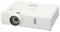 Мультимедийный проектор Panasonic PT-VX420Мультимедийные проекторы<br>Проектор Panasonic PT-VX420 рекомендован для установки в учебных аудиториях, конференц-залах, офисах и школах.<br><br>Объектив: Стандартный<br>Тип устройства: DLP<br>Класс устройства: портативный<br>Рекомендуемая область применения: для офиса<br>Реальное разрешение: 1024x768